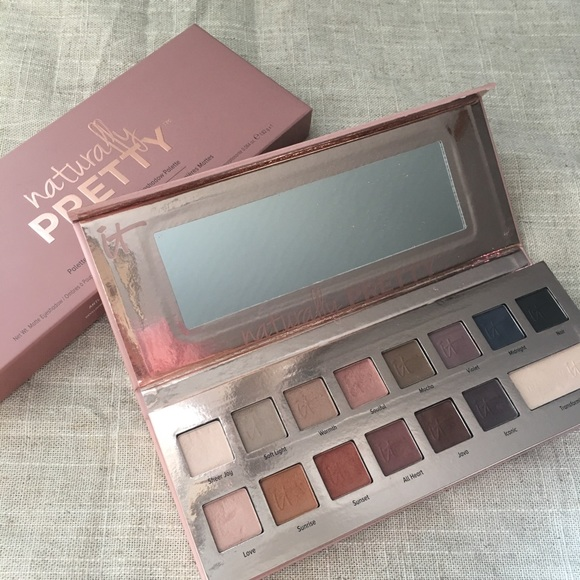It Cosmetics Other - it Cosmetics Naturally Pretty Eyeshadow Palette